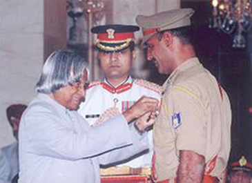 Shaurya Chakra Awarded by President of India